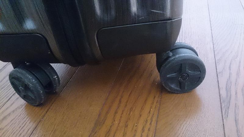 僕が所有するスーツケース「Samsonite INOVA(サムソナイト イノヴァ)」をお勧めする6つの理由。「Samsonite INOVA(サムソナイト イノヴァ)を独自にレビュー」